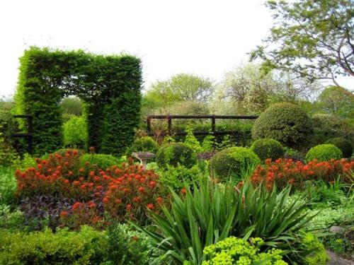 veddw_house_gardens_original
