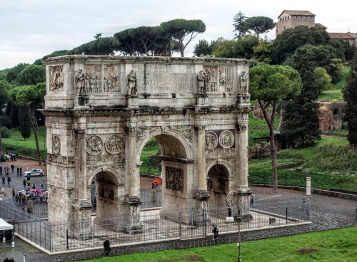 arch-of-constantine