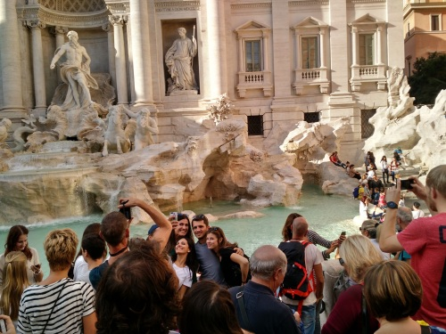 trevi-with-people