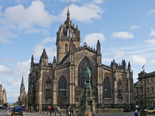 1200px-St_Giles_Cathedral_-_01
